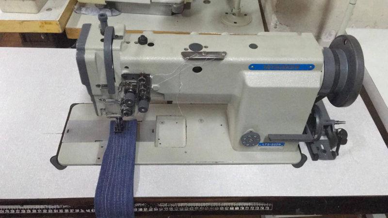 Doble aguja Mitsubishi usada casi nueva